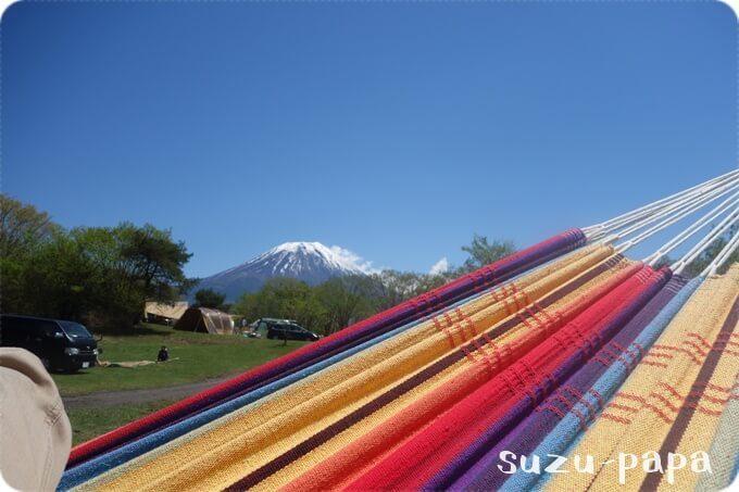 ハンモックと富士山