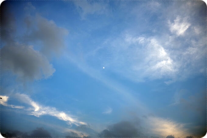 中禅寺湖の青空