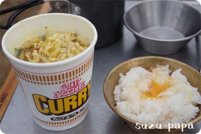 卵かけご飯とカレー麺