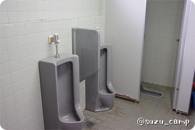 つがスポーツ公園キャンプ場 トイレ