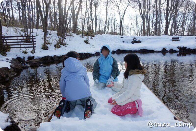 メープル那須高原キャンプグランド 池で遊ぶ