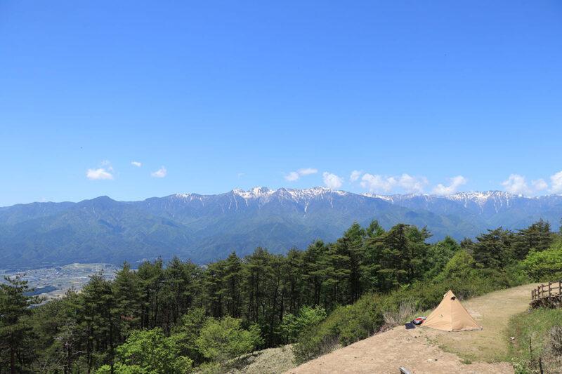 陣馬形山キャンプ場 森